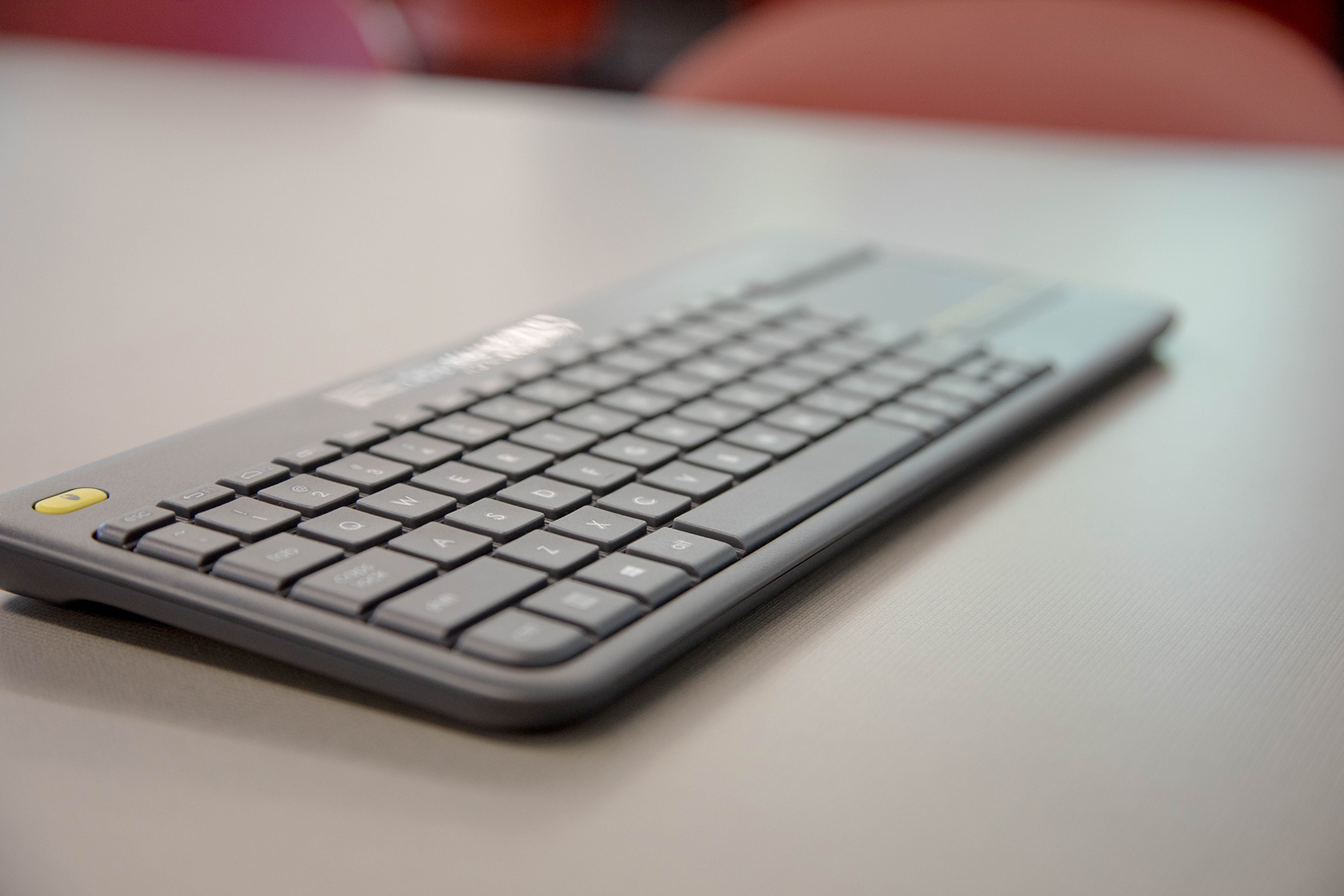 DCB 235 Wireless keyboard closeup