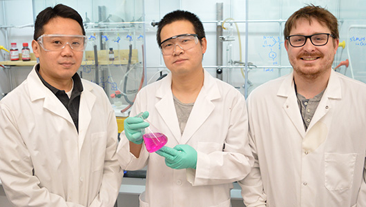 Ming Xian and his labmates