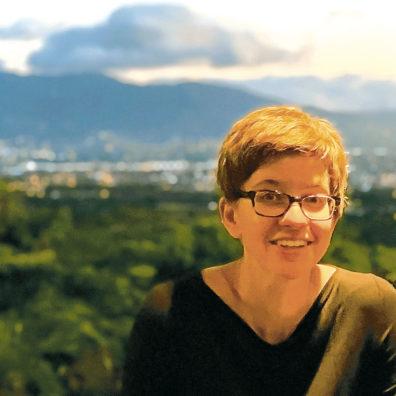 Julie Kmec.
