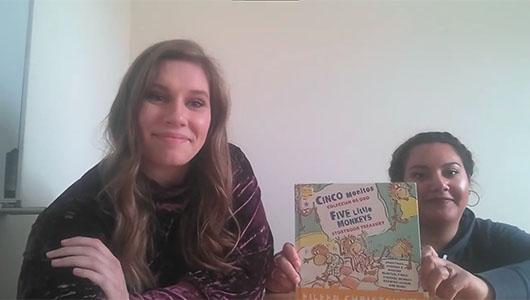 Still from Cinco Monitos video.