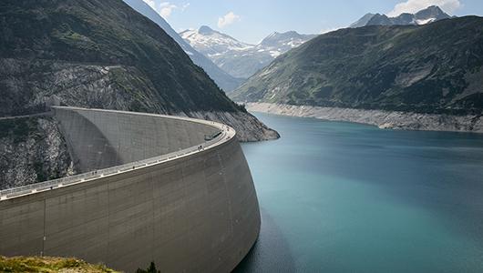 Artificial dam.