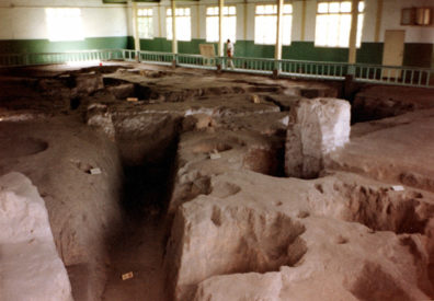 BANPO: Banpo is a famous excavated neolithic site, now all under one roof. From 8,000 BC. Peter was a great help here. He was friends with the chief excavator, and knew more than our guide.