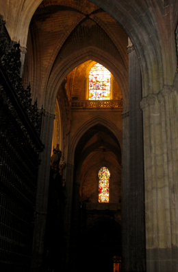 SEVILLA: The soaring Gothic interior makes this the largest Christian church in the world, as measured by volume enclosed.