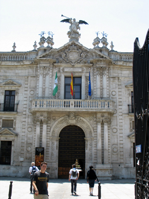 SEVILLA: This building, completed in 1771, was originally constructed as a cigarette factory. Associated with it is the legend of Carmen, the cigarette-maker, who became the protagonist of the story by Prosper MŽrimeee and the even more famous opera by Georges Bizet. Much more imposing and elegant than the factory which features in most productions of the opera. The structure now houses a technical university.