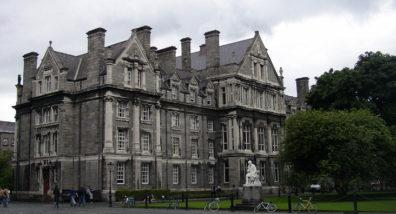 DUBLIN, TRINITY COLLEGE: The Graduates' Memorial Building (designed by Sir Thomas Drew, 1892).