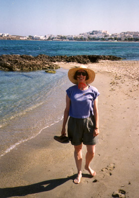 NAXOS: We took a long walk along the beach from our hotel back to Hora. Later, Paula discovered in a cafe a recording of the fine woman singer Charis Lexious by asking our waitress about the tape that was playing. She later bought a CD of her modern arrangements of traditional songs.