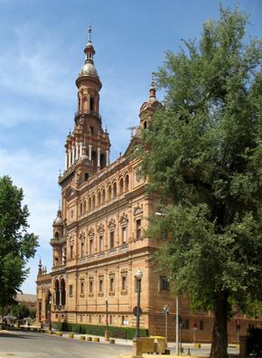 SEVILLA: Viewed from the side,The Plaza de España.
