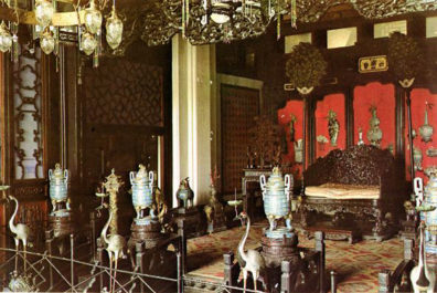 SUMMER PALACE: Hall of Dispelling Clouds, interior (commercial postcard).