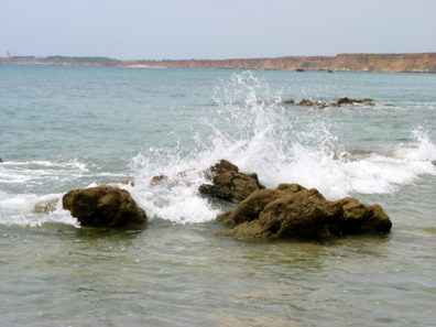 CONIL: This a beautiful but rather featureless beach. We found these rocks under a cliff by hiking way up the beach.