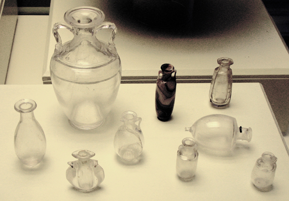 CADIZ: Roman glass. In the Museum of Fine Art and Archaeology, C‡diz.