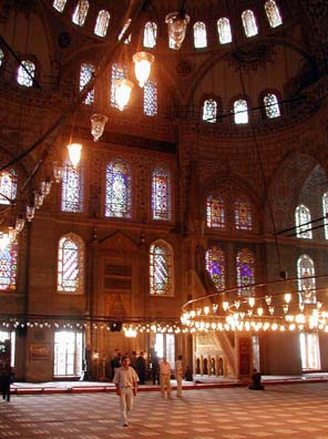 BLUE MASQUE: This displays some of the exquisite tiling on the upper level which gives the Blue Mosque its name.