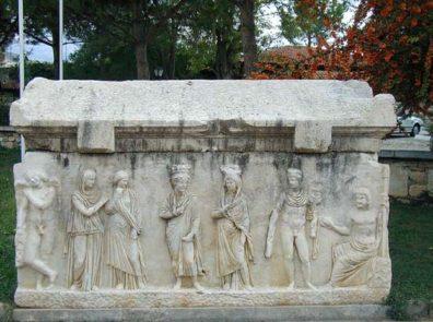 AFRODISIAS: A Roman tomb.