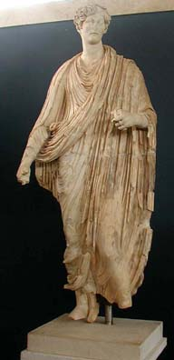 AFRODISIAS MUSEUM: We were familiar with Roman portrait busts, but this full-length portrait of a woman surprised us.