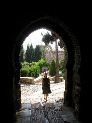 MALAGE: Leaving the Alcazaba.