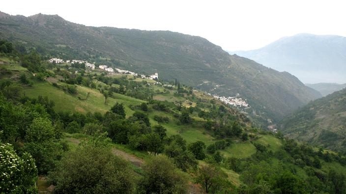 LAS ALPUJARRAS: Viewed from Capileira. As you drive uphill, you pass through Pampaneira, then Bubi—n, before ascending to Capileira.