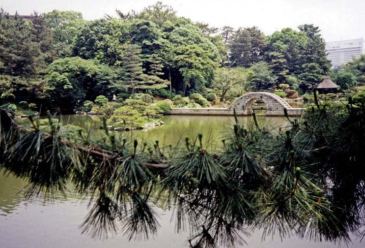 """HIROSHIMA: Created in 1630 by Ueda Soko, tea master to Daimyo Asario Nagasakira. This is a """"shrink-scenery"""" garden, meant to reproduce in miniature the landscape of Xihu Lake in Hangzhou, China. You have to read carefully to discover that this is a modern recreation of a landmark utterly obliterated by the atom bomb in 1945. May 19, 1998"""