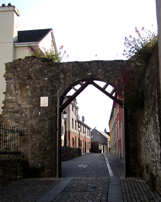 KILKENNY: Gate in the old city wall, near the Black Abbey.