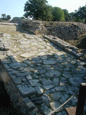 TROY: Ramp into the city, Troy II (2500-2300 BCE).