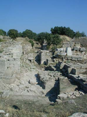 TROY: Principal (eastern) entrance of Troy VI (1700-1250 BCE).