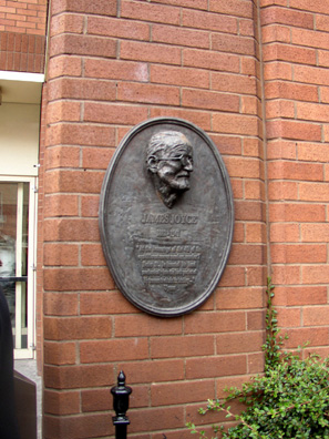 "DUBLIN: Right of doorway at the James Joyce's Cultural Centre. one of several memorial plaques to the author scattered about the city, this one at 7 Eccles Street, the fictional address of Leopold Bloom. On ""Bloomsday"" (June 16) serious pilgrims retrace the steps of Bloom and Stephen Dedalus around the city, and major stops along the way are mostly marked."