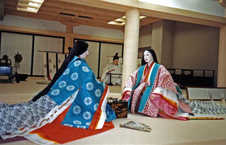 KYOTO: Ladies wore their hair long and straight. It could be washed only on certain auspicious days of the month. Washing it must have been a major chore for the serving maids. And imagine combing it out!May 24, 1998