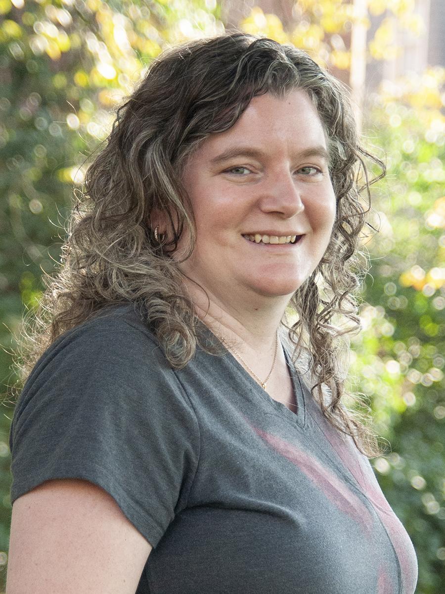Kelly Crossno Headshot