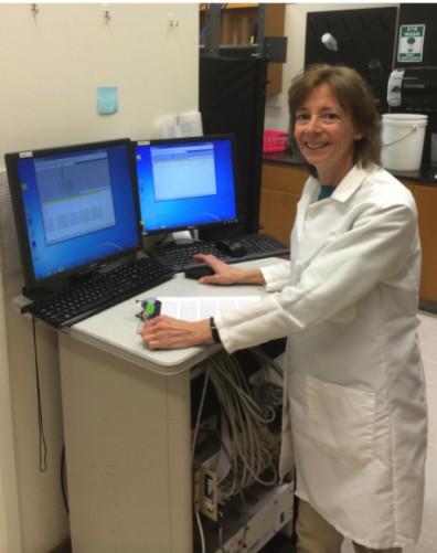 Barbara Sorg in her WSU Vancouver lab.
