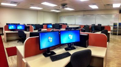 photo of computers in Hulbert 5 lab