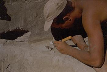 Dammel excavating flakes 1951