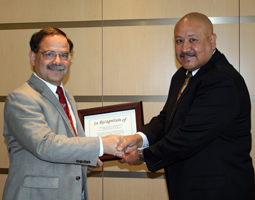 CAHNRS Dean Dan Bernardo, left, with Food and Agroiculture Council member Mario Villanueva.