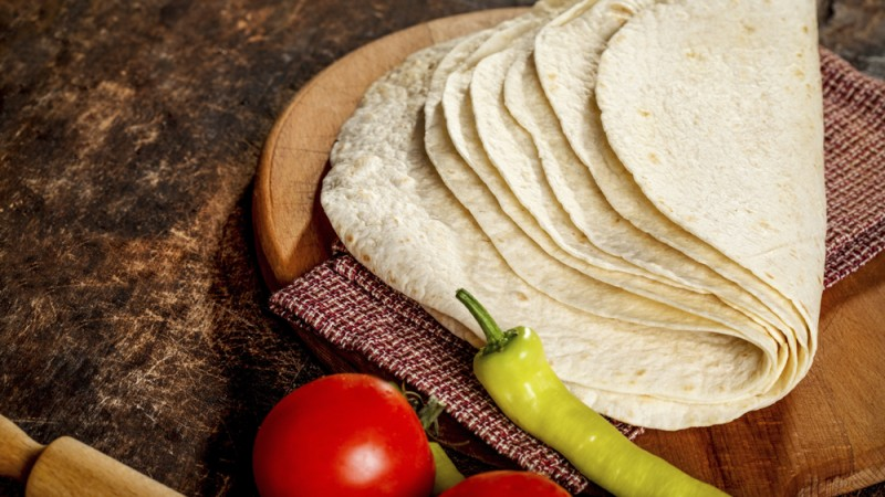 Tortillas-iStock_000064949221_Large-1000px
