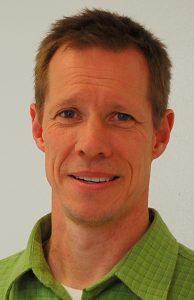 Head shot of Mark Lange