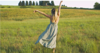 Hanne Levy dancing