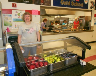 Nutrition services staff at Seahurst Elementary was excited to unveil their Washington-grown menu for Taste Washington Day!