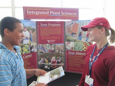 Integrated_Plant_Science_display_boy_and_girl