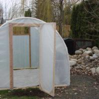 small garden greenhouse