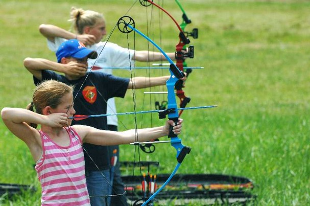 4-H Youth shooting archery