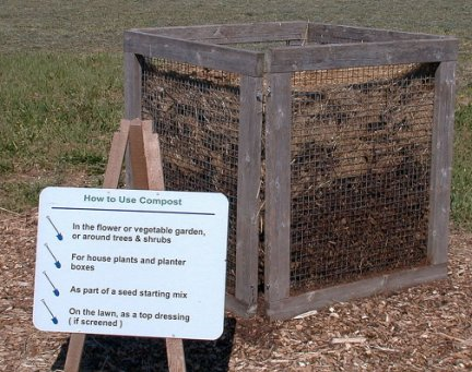 compost bin made of wire mesh and wood