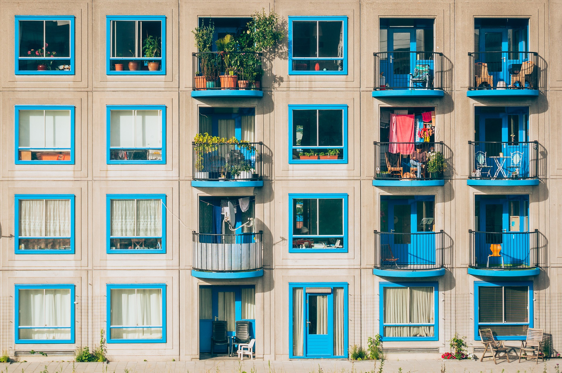 Apartments with blue trim