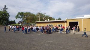This is an image of the crowd registering at the 98th Annual Field Day.