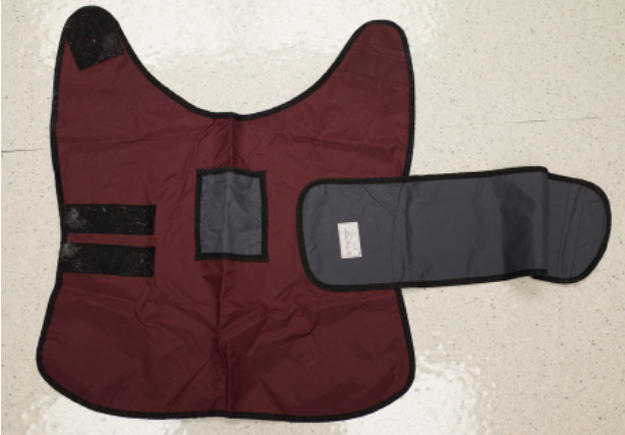 Exterior of vest worn by dog while Holter monitor is attached.
