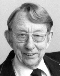 Leo Bustad