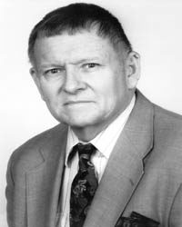 Dr. Lee McDowell