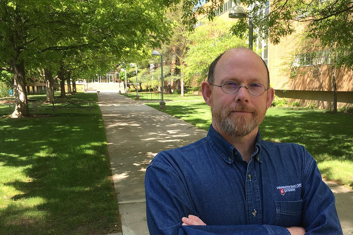 Closeup of Todd Murray