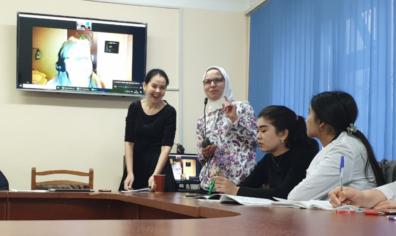 Kawkab Shishani teaching a class in Uzbekistan