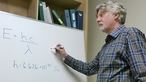 Paul Buckley experiments with different elements of the flipped class format in his instruction.