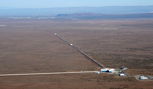 LIGO Hanford's two 4-km-long mirror arms can be seen stretching into the distance/Credit: LIGO