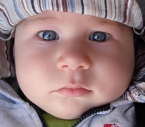 Big blue eyed baby
