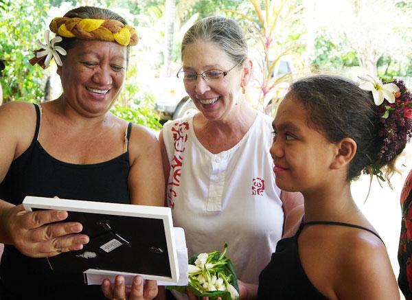 Carol Ivory, center, with Antoinette and Heikeka'a Kaimuko at Hiva Oa, Marquesas Islands.