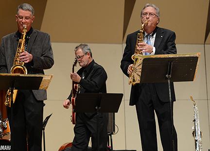 (L-R) Dave Hagelganz, Brad Ard, and Greg Yasinitsky perform as members of Jazz Northwest.